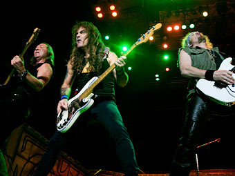 Iron Maiden. Фото Reuters